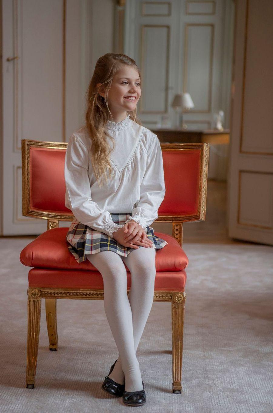 La princesse Estelle de Suède. Photo diffusée pour ses 9 ans, le 23 février 2021