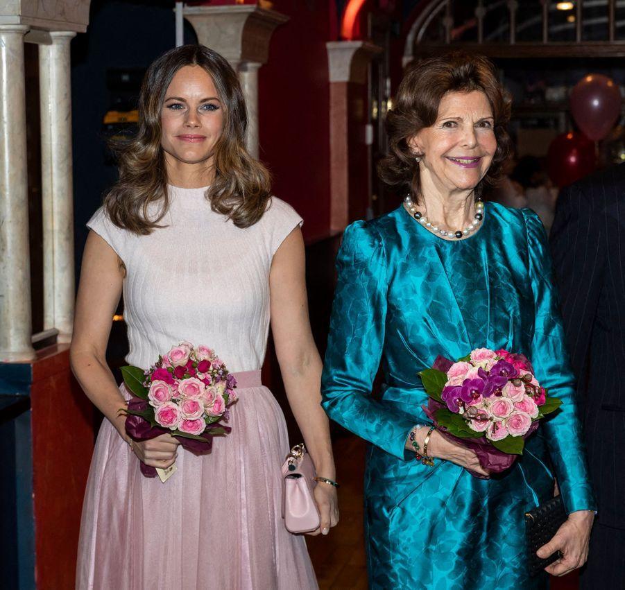 La princesse Sofia et la reine Silvia de Suède à Stockholm, le 13 février 2020