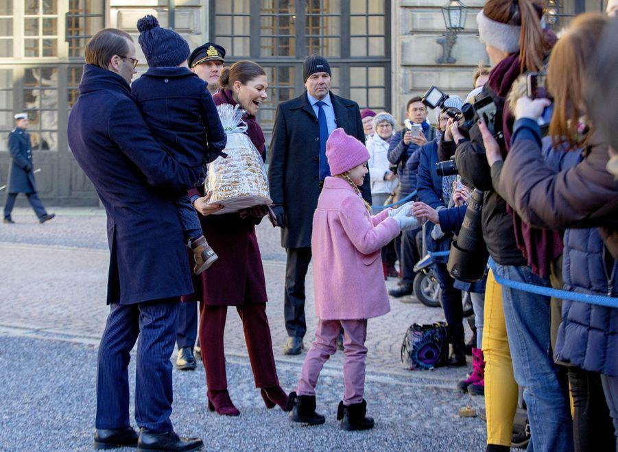 La princesse Victoria et le prince Daniel de Suède avec la princesse Estelle et le prince Oscar, à Stockholm le 12 mars 2019