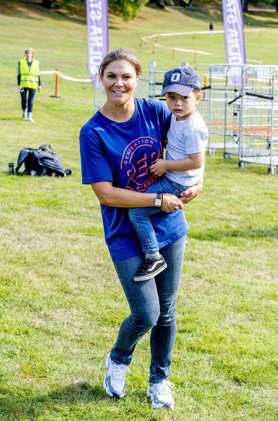 La princesse Victoria de Suède et son fils le prince Oscar à Solna, le 8 septembre 2019