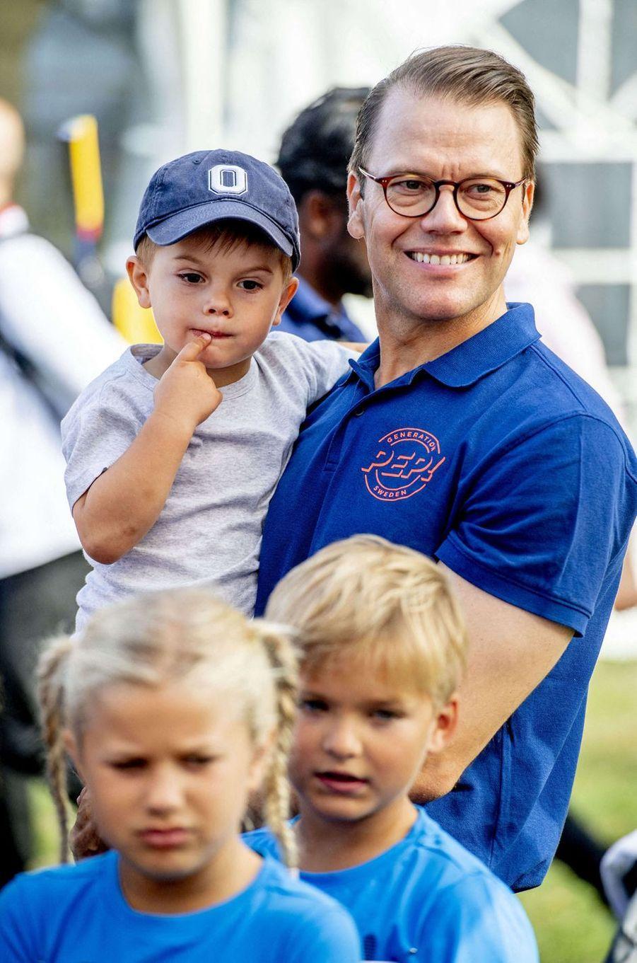 Les princes Oscar et Daniel de Suède à Solna, le 8 septembre 2019