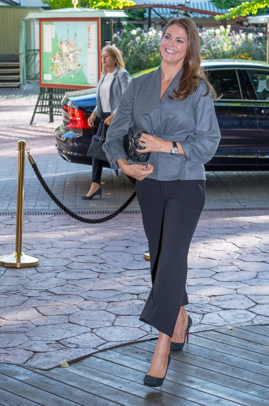 La princesse Madeleine de Suède, enceinte de son troisième enfant, à Stockholm le 13 septembre 2017