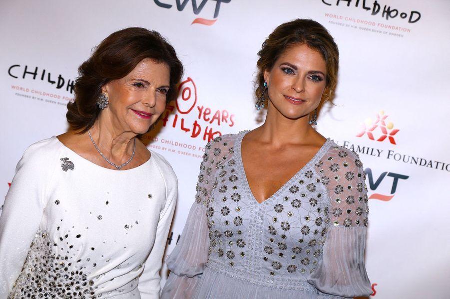 La reine Silvia et la princesse Madeleine de Suède à New York, le 1er octobre 2019