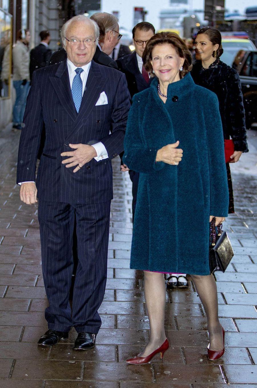 La reine Silvia et le roi Carl XVI Gustaf de Suède à Stockholm, le 18 décembre 2018