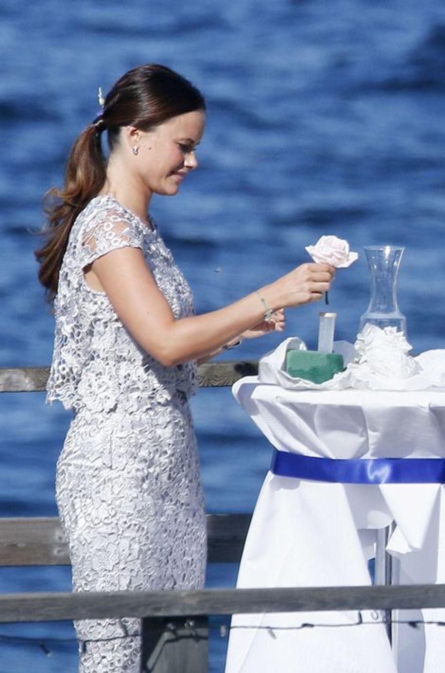 La princesse Sofia de Suède au mariage de sa soeur à Stockholm, le 22 août 2015