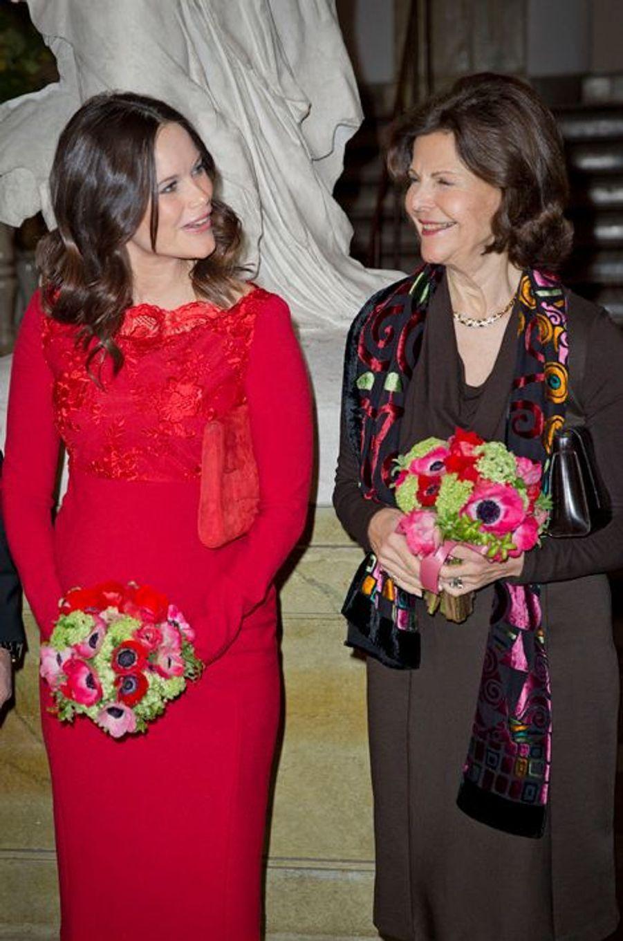 La princesse Sofia et la reine Silvia de Suède à Stockholm, le 19 février 2016