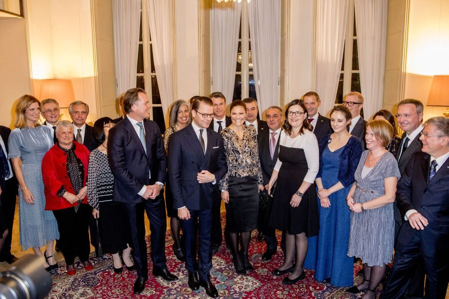 Le Prince Oscar, La Princesse Victoria De Suède Et Le Prince Daniel À Milan 17