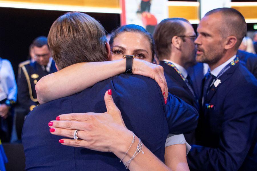 La princesse Victoria de Suède dans les bras de Mats Arjes, à Lausanne le 24 juin 2019
