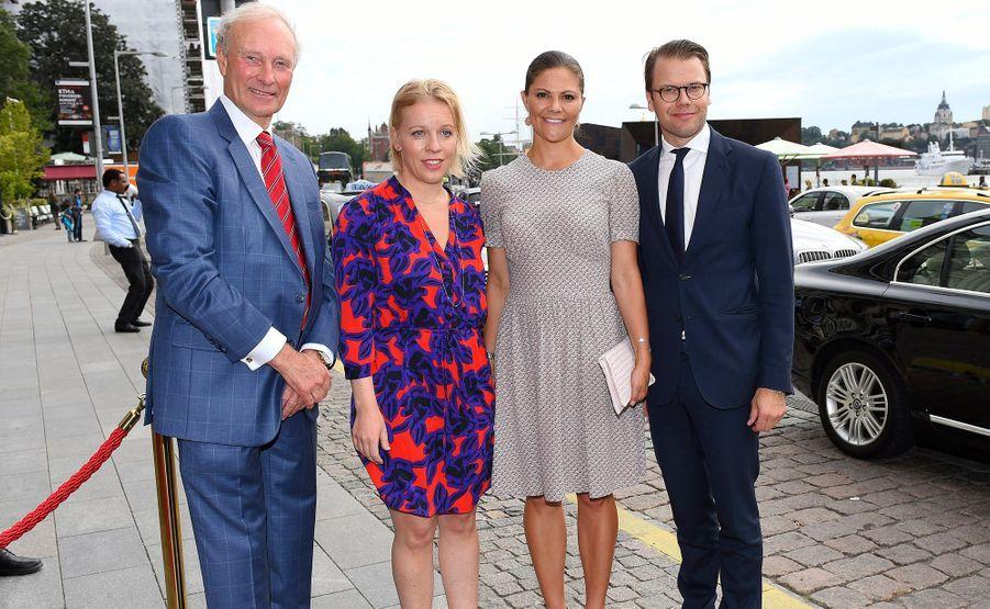 La princesse Victoria de Suède et le prince Daniel à Ekero, le 26 août 2015