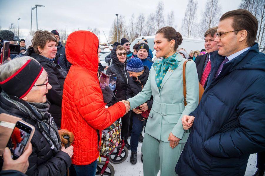 La princesse héritière Victoria de Suède et le prince consort Daniel, le 10 mars 2020 à Pello