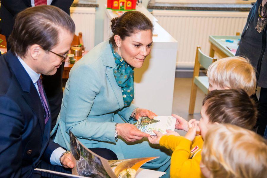 La princesse héritière Victoria de Suède et le prince consort Daniel à Pello en Finlande, le 10 mars 2020