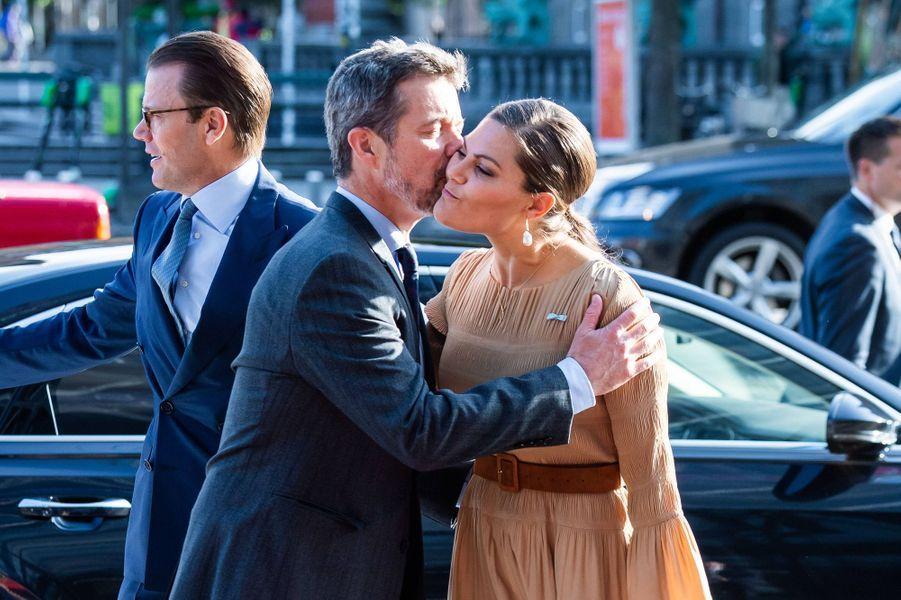 La princesse Victoria et le prince Daniel de Suède avec le prince Frederik de Danemark à Copenhague, le 18 septembre 2019