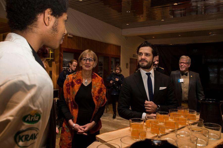 Le prince Carl Philip de Suède à un forum gastronomique à Nyköping, le 27 janvier 2016