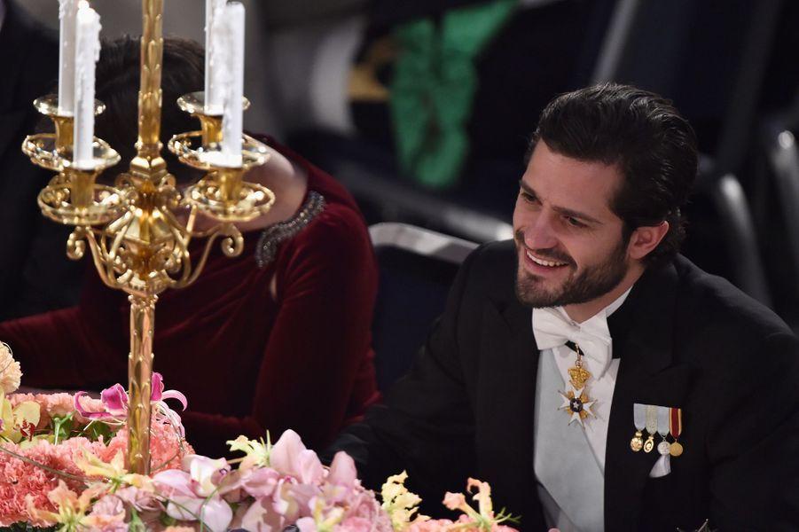 Le prince Carl Philip de Suède au banquet des Nobel à Stockholm, le 10 décembre 2015