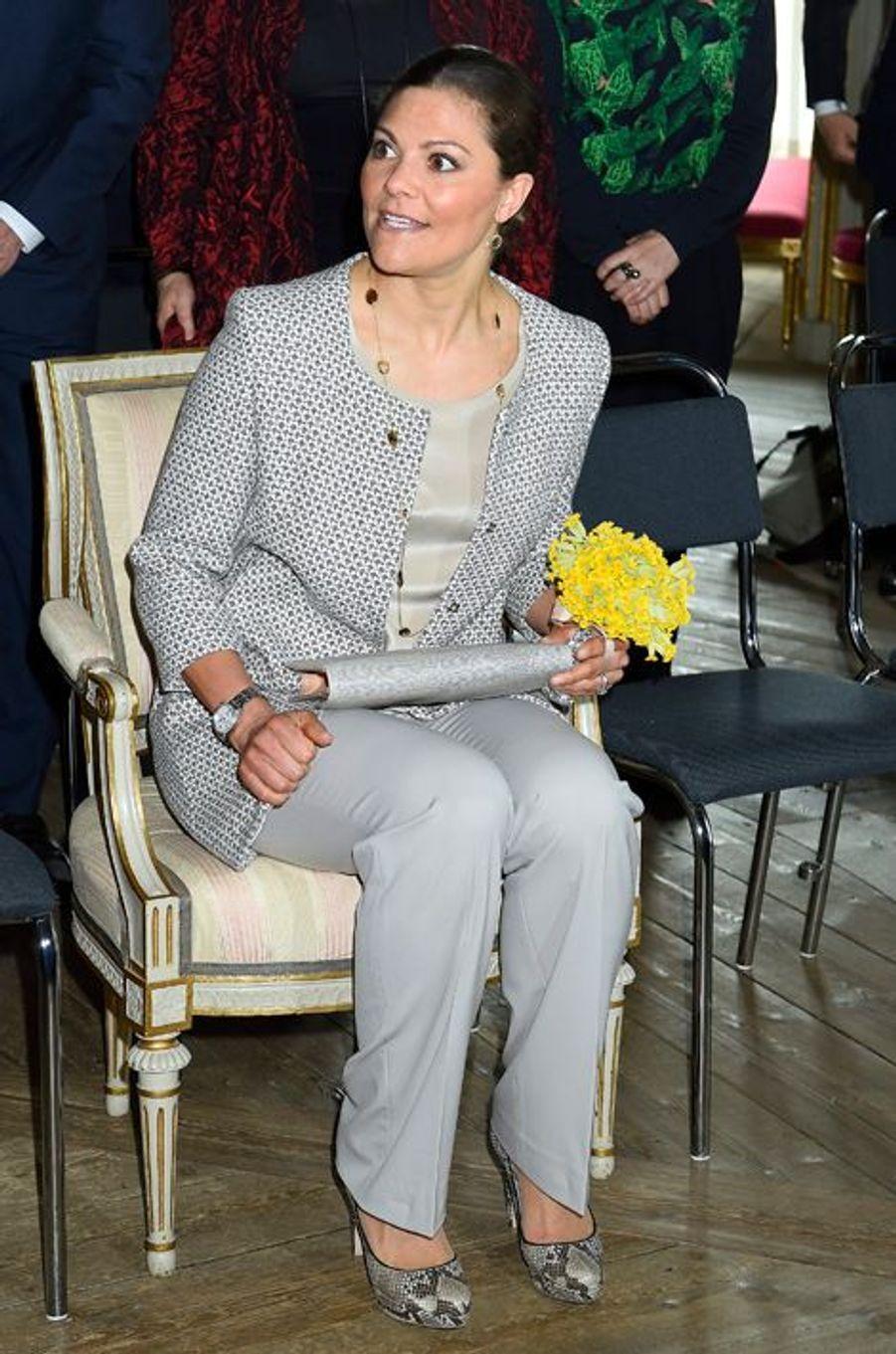 La princesse Victoria de Suède inaugure une exposition au château de Gripsholm, le 13 avril 2015