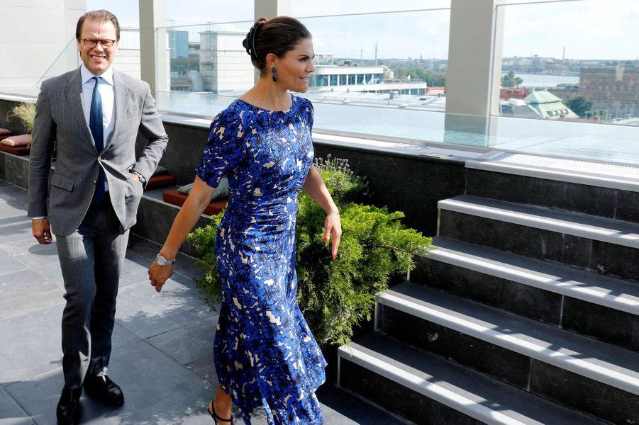 La princesse héritière Victoria de Suède et son mari le prince consort Daniel à Stockholm, le 20 août 2020