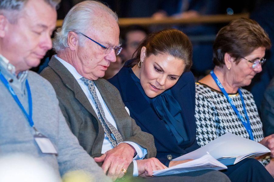 La princesse Victoria et le roi Carl XVI Gustaf de Suède à Sälen, le 12 janvier 2020