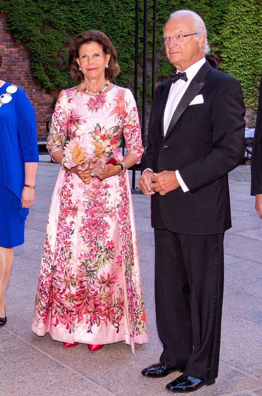 La reine Silvia et le roi Carl XVI Gustaf de Suède à Stockholm, le 28 août 2019