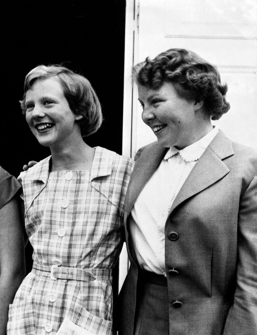 La princesse Margrethe de Danemark et la princesse Beatrix des Pays-Bas, le 31 juillet 1954