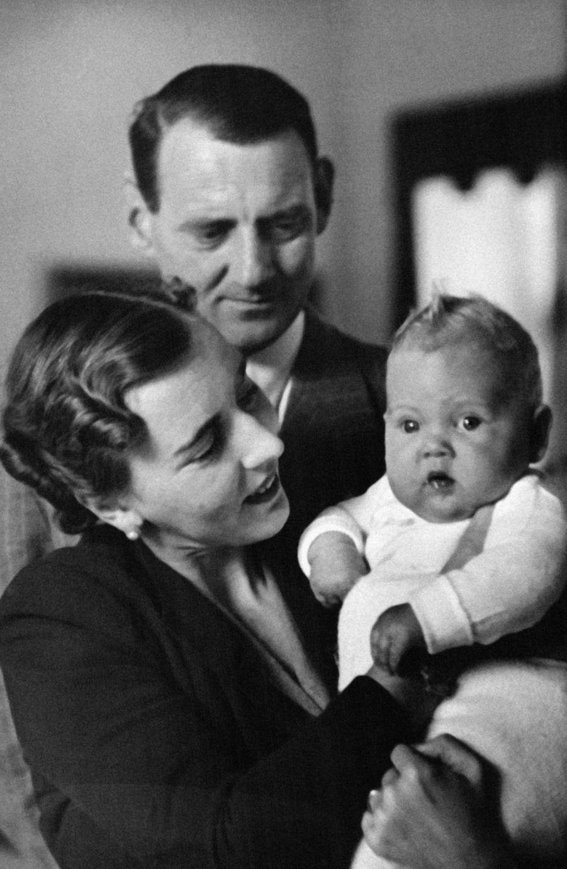 La princesse Margrethe de Danemark avec ses parents en septembre 1940