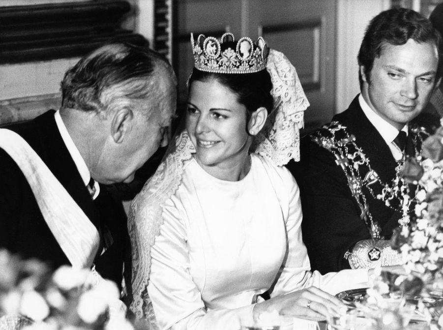 Silvia Sommerlath et le roi Carl XVI Gustaf de Suède, le jour de leur mariage, le 19 juin 1976