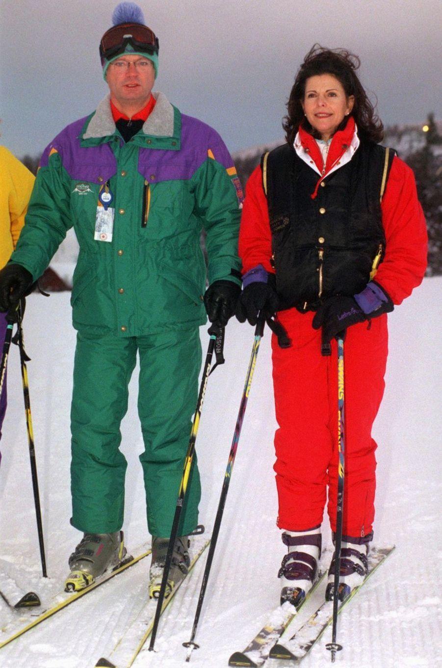 La reine Silvia de Suède, avec le roi Carl XVI Gustaf, le 3 janvier 1997