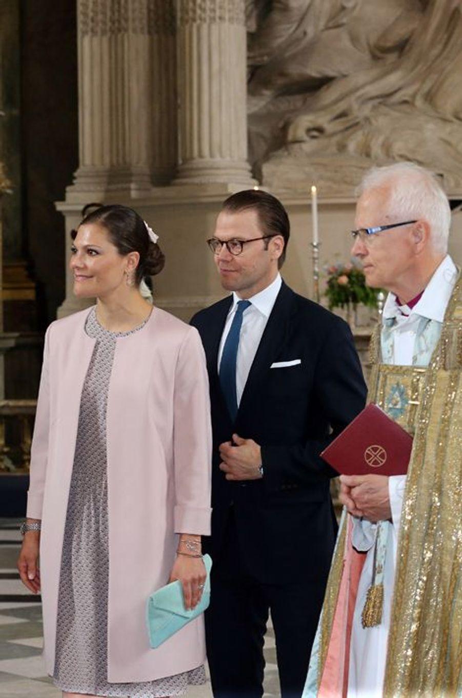 La princesse Victoria et le prince Daniel dans la chapelle royale à Stockholm, le 18 juin 2015