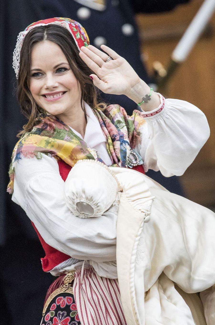 La princesse Sofia de Suède et son fils le prince Gabriel, le 1er décembre 2017