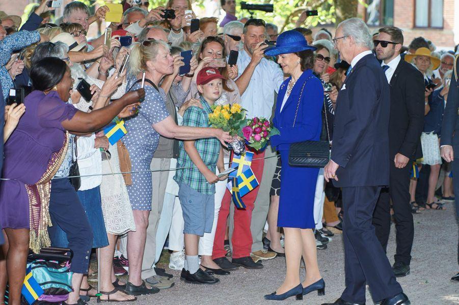 La reine Silvia et le roi Carl XVI Gustaf de Suède au château Sofiero à Helsingborg, le 6 juin 2016