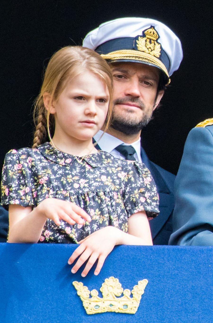 La princesse Estelle et le prince Carl Philip de Suède à Stockholm, le 30 avril 2019