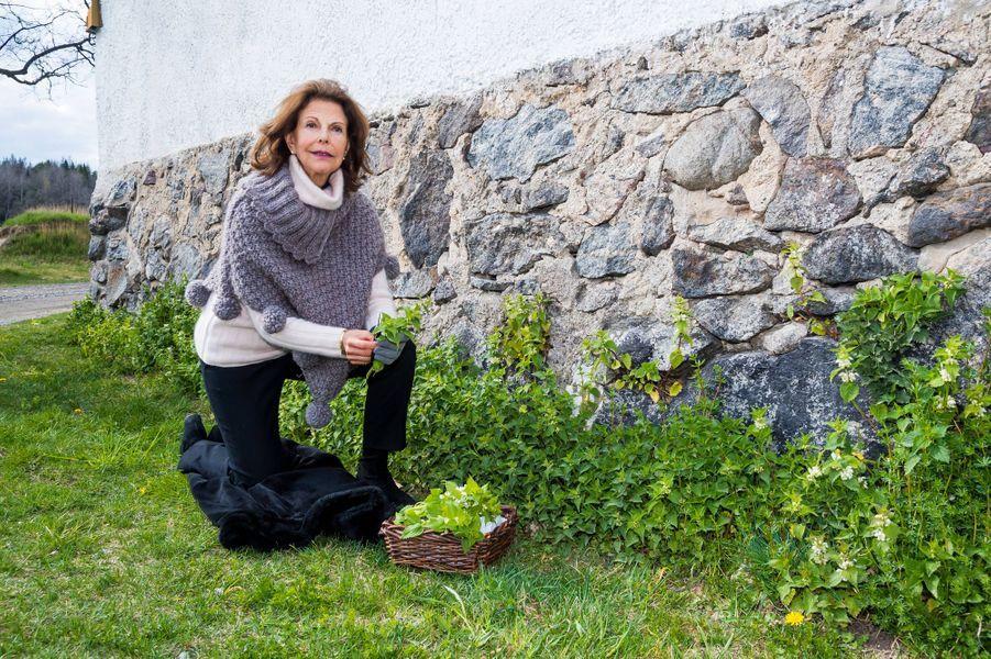 La reine Silvia de Suède au château de Stenhammar à Flen, le 29 avril 2020