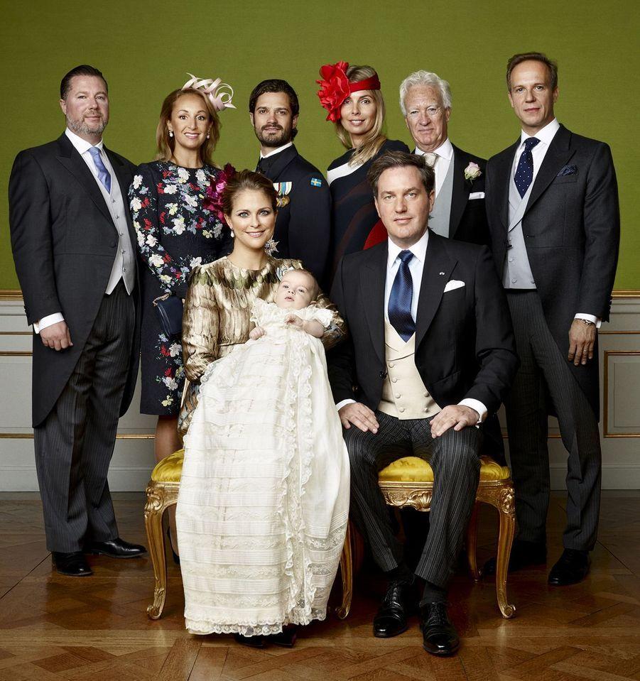 Les photos officielles du baptême du prince Nicolas de Suède