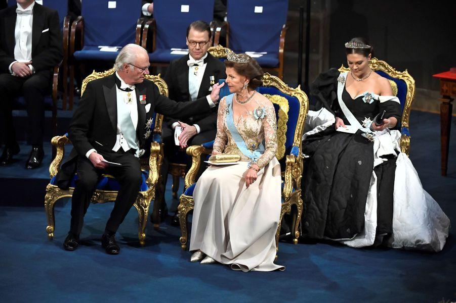 Le roi Carl XVI Gustaf de Suède, la reine Silvia, la princesse héritière Victoria et son mari le prince consort Daniel de Suède à Stockholm, le 10 décembre 2019