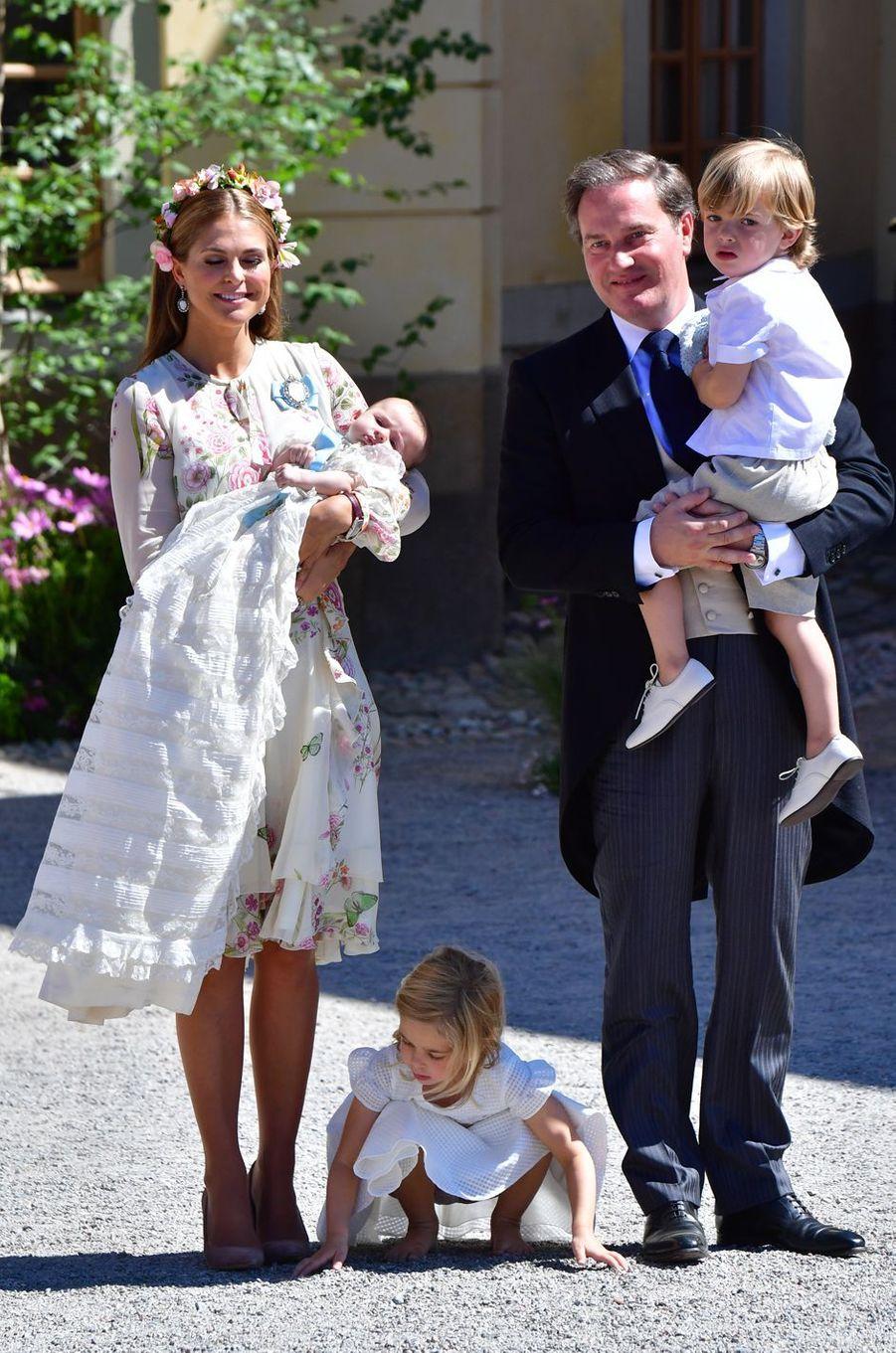 La princesse Leonore de Suède avec ses parents, sa soeur et son frère, le 8 juin 2018