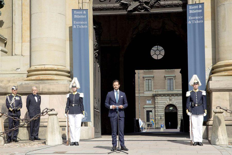 Le prince Carl Philip de Suède lance la Fête nationale à Stockholm, le 6 juin 2017