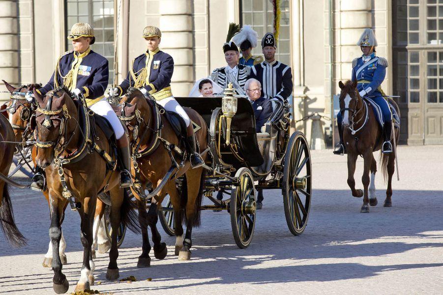 La reine Silvia et le roi Carl XVI Gustaf de Suède à Stockholm, le 6 juin 2017