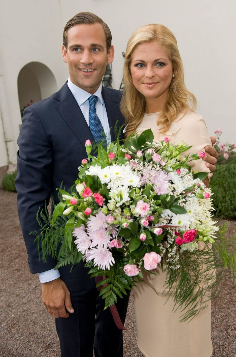 La princesse Madeleine de Suède avec son premier fiancé Jonas Bergstrom, le 11 août 2009
