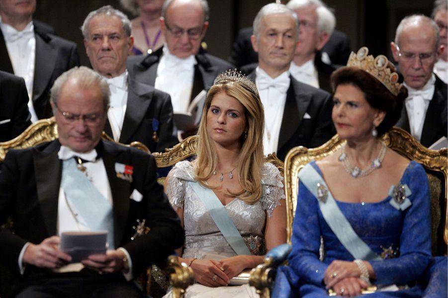 La princesse Madeleine de Suède avec ses parents, le 10 décembre 2005