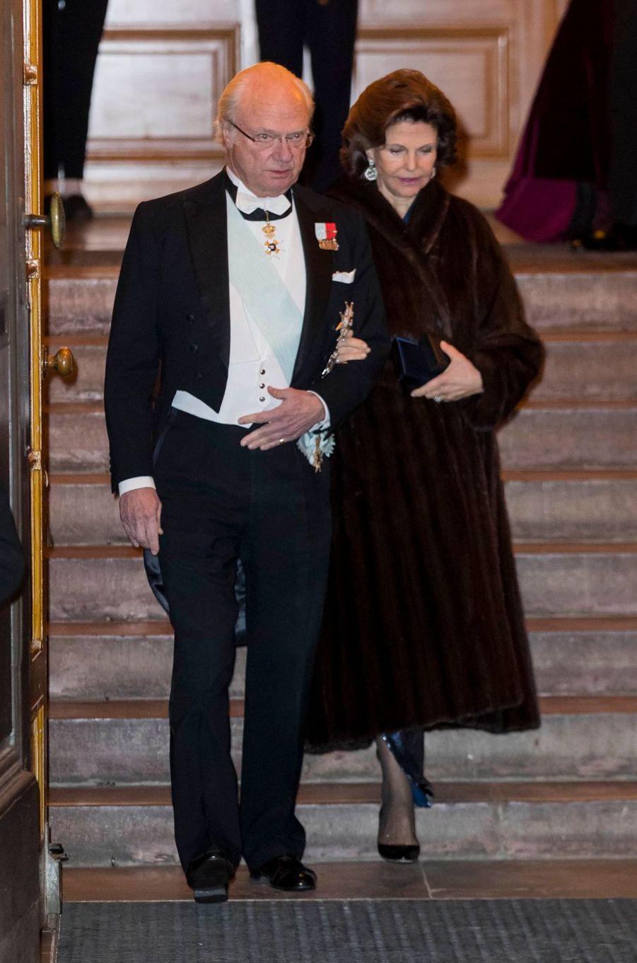 La reine Silvia et le roi Carl XVI Gustaf de Suède à Stockholm, le 20 décembre 2017