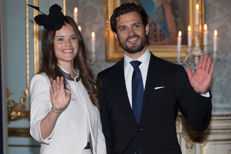 Sofia Hellqvist et le prince Carl Philip au Palais royal à Stockholm, le 17 mai 2015