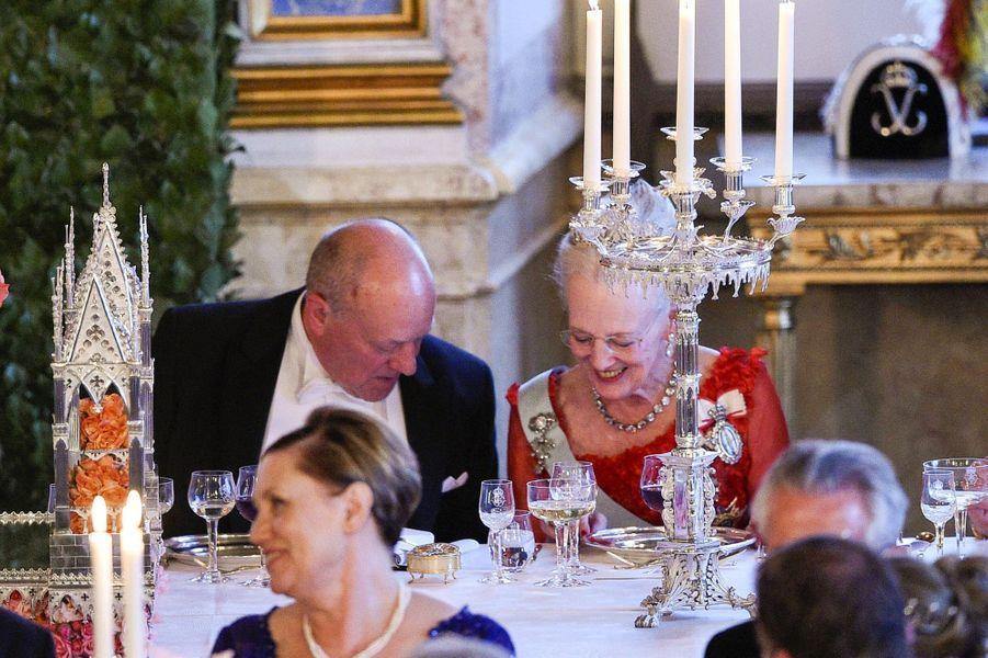 La reine Margrethe II de Danemark et Erik Hellqvist, le père de la princesse Sofia, le 13 juin 2015