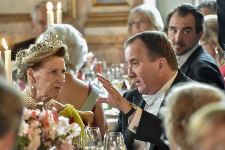 La reine Sonja de Norvège et le Premier ministre suédois, le 13 juin 2015