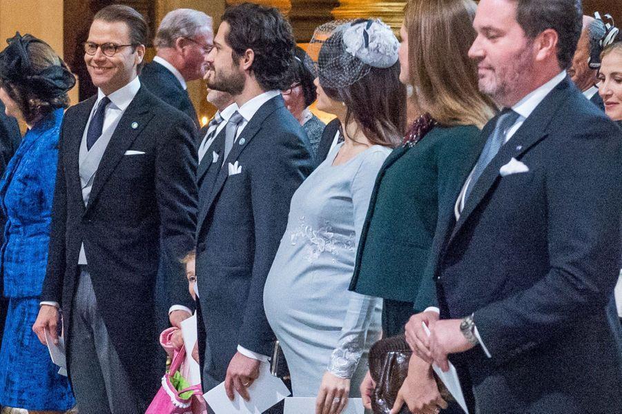 La cérémonie en la chapelle du palais, en présence de la famille royale de Suède