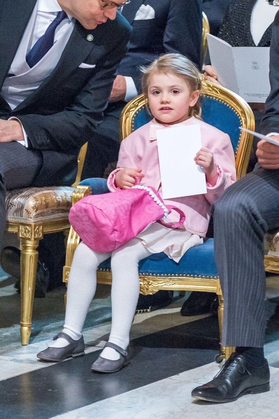 La princesse Estelle, lors de la cérémonie en la chapelle royale
