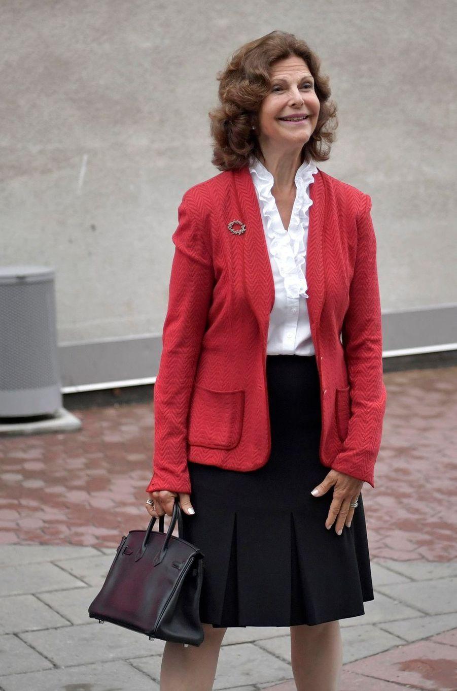 La reine Silvia de Suède, ravie d'être à nouveau grand-mère, à Stockholm le 31 août 2017