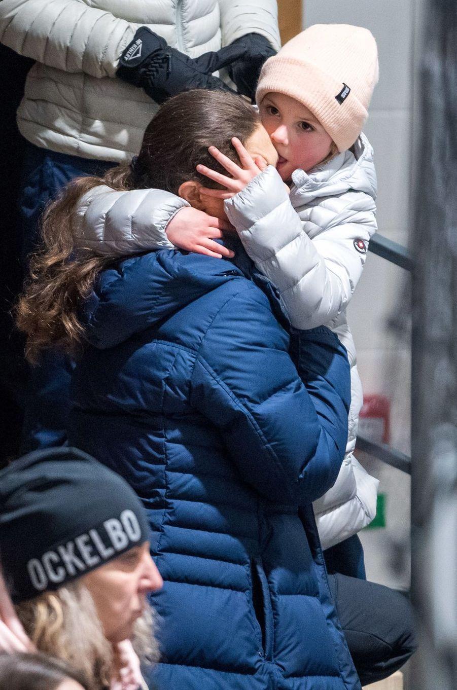 Les princesses Victoria et Estelle de Suède à Ockelbo, le 25 janvier 2018
