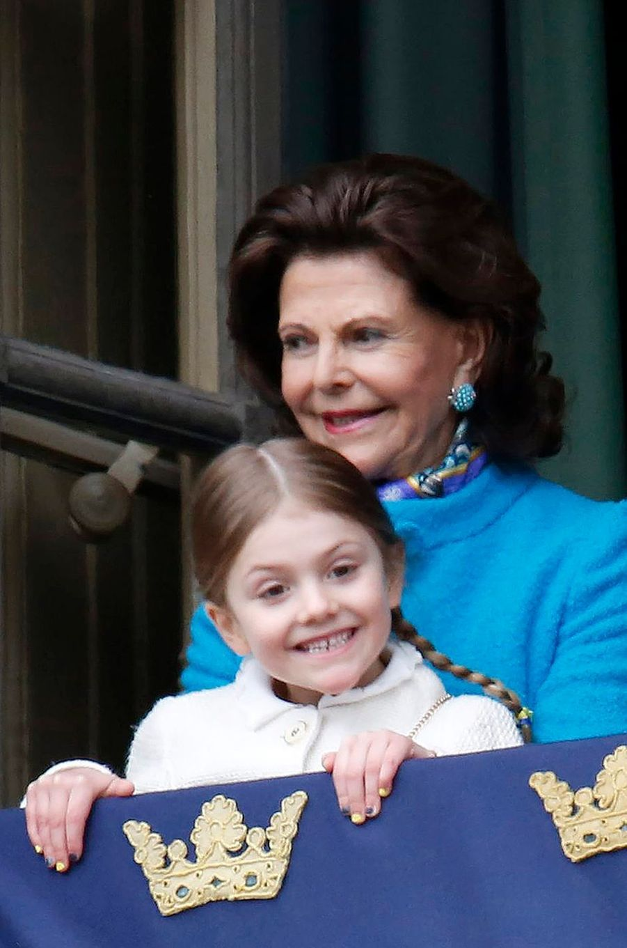 La reineSilvia et la princesse Estelle de Suède à Stockholm, le 30 avril 2018