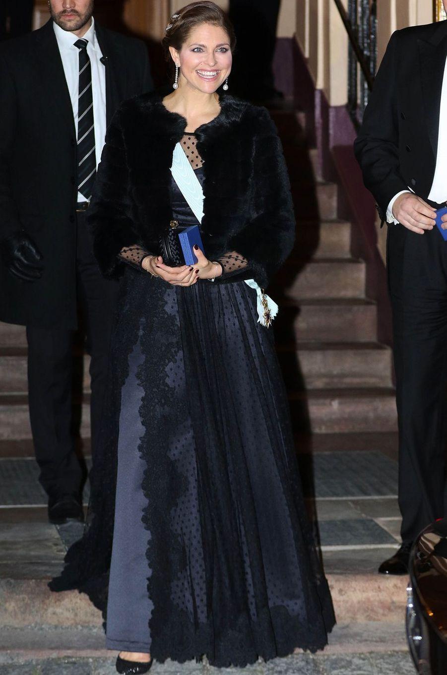 La princesse Madeleine de Suède dans une robe Ida Sjostedt le 20 décembre 2015