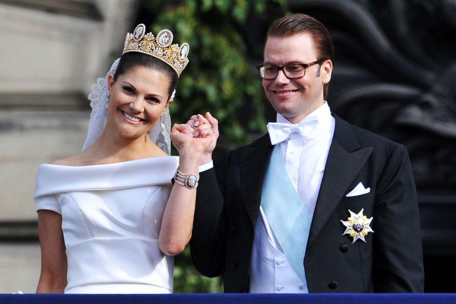La princesse Victoria de Suède avec le diadème de Joséphine de Beauharnais, les pendants d'oreille et le bracelet assortis, le 19 juin 2010