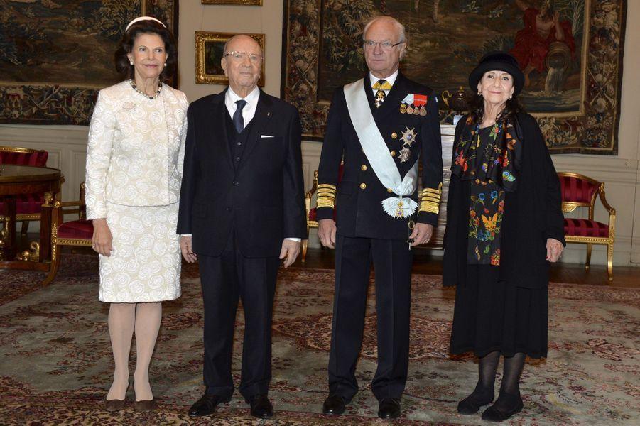 La reine Silvia et le roi Carl XVI Gustaf de Suède avec Béji et Saida Caïd Essebsi à Stockholm, le 4 novembre 2015